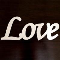 Слово Love из дерева №3